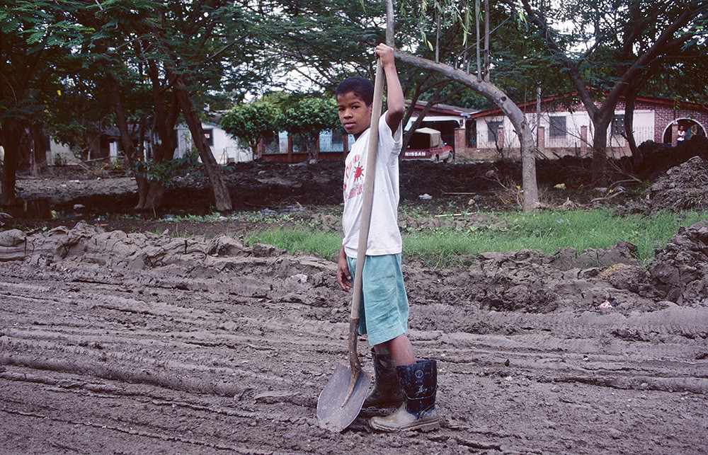 <p>Honduras 1998</p> <p></p>